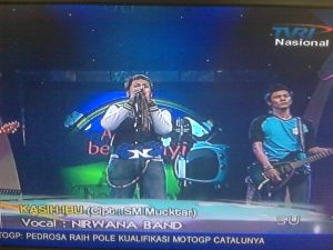 Nirwana Band at Ayo Bernyanyi TVRI Kategori:Grup Band